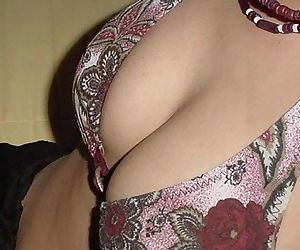 Hot sexy indian wife..