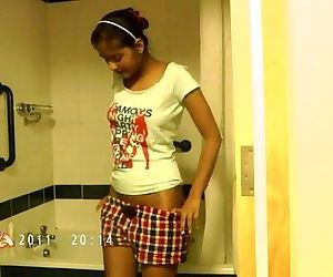 Indian Babe Divya..