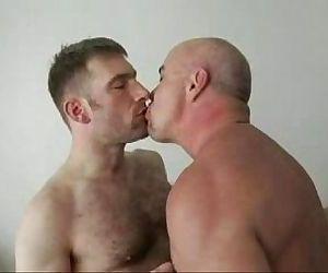 2 Bear raw