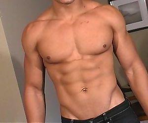 Hot bi latin men shows..