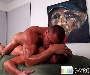 Full Body MassageHD
