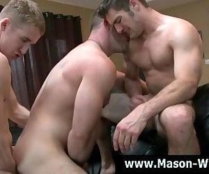 Threesome gays get wet..