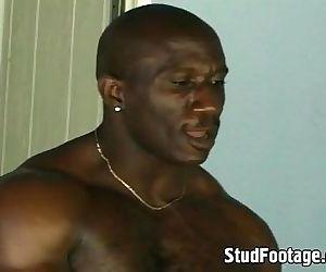 Ebony thugs in hot anal..