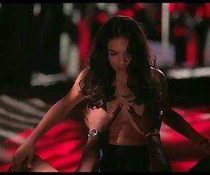 Rosario Dawson..