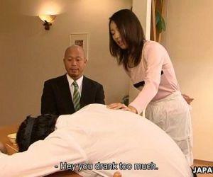 Asian slut Yui cheating..