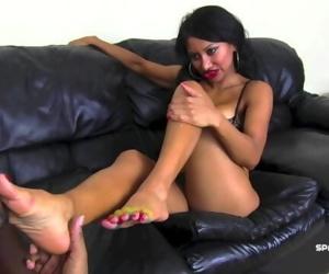 Jasmine Shy gummy foot..