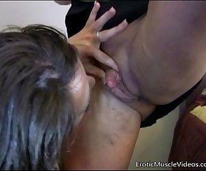 EroticMuscleVideos..