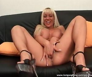 Big boobed blonde gives..