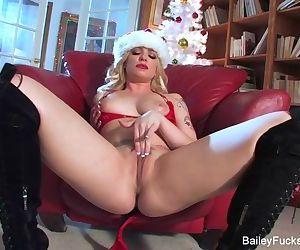 Dahlia Sky\'s Christmas..