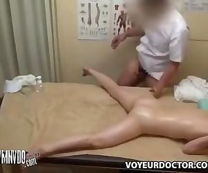 Spycam Masseuse Seduces..