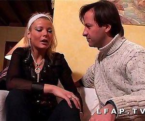 Jolie blonde francaise..