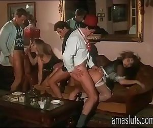 Little orgy in an..