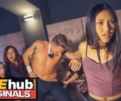 LADIES CLUB Asian Teen..