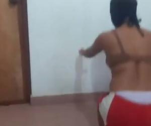Srilankan Couple Fuck..