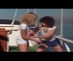 xporntubex.com Sexboat..