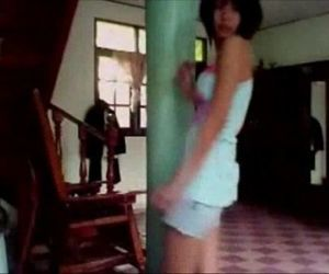Thai teen dance in home..