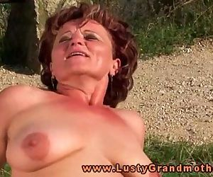Granny hottie loves..