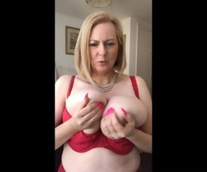 Annabel and the bra..