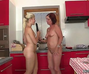 Hot mature and teen..