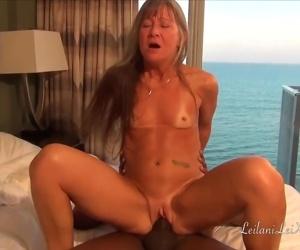 Sex at the Beach - Milf..