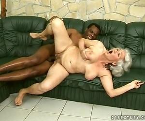 Baise interraciale pour..