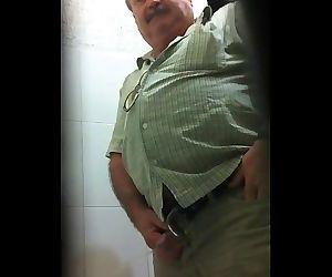 Toilet Spy Episode 43