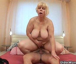 Anal loving grannies..