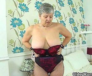 English grannies Savana..