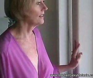 MILF Melanie POV Blowsuck
