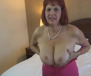 Banging an Older GILF..