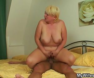 She finds busty blonde..