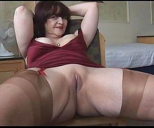 Big tits mature panty..