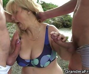 Oldie in hot threesome..