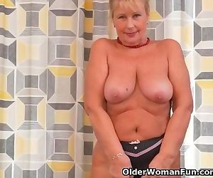 Euro granny Gigi finger..