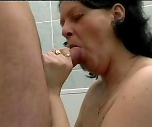 HOT MOM 162 anal granny..