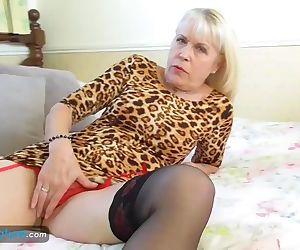 EuropeMaturE Lady..