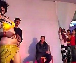 Hot Indian Girl Dancing..