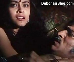 Hot Desi Filim Kissing..
