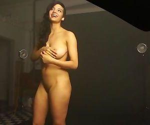 Nude Photoshoot Of..