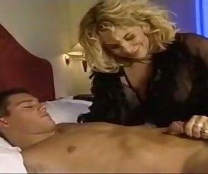 milf anal anal-sex..