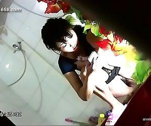 chinese girls go to..
